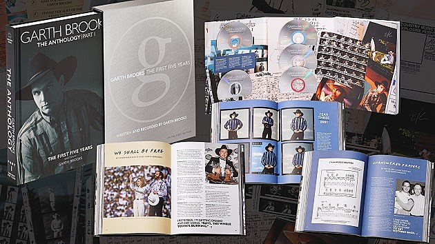 Garth Brooks Five-Book Autobiography Sure to Be Page Turner