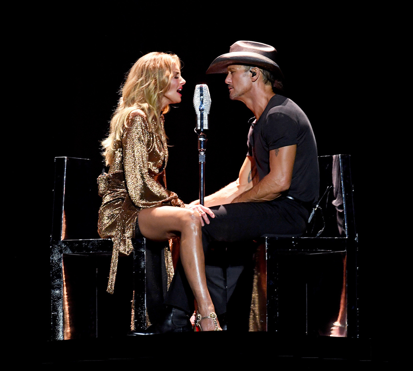 B105 Welcomes Tim Mcgraw Faith Hill To Minneapolis Win Tickets