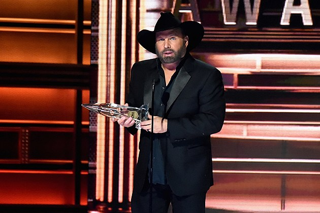 Garth Brooks 2017 CMA Awards