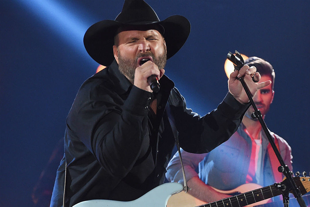 Garth Brooks big concert moments
