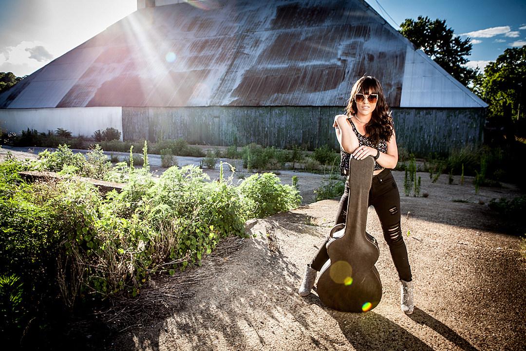 Heidi Raye, \'Junkyard\' Music Video [Exclusive Premiere]