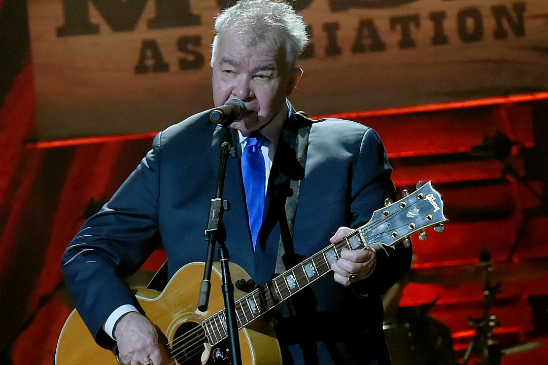 John Prine And Special Guests Plays Summers End On Colbert