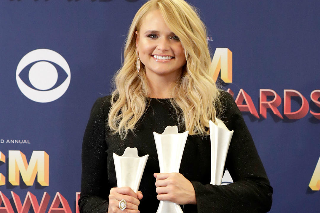 Miranda Lambert dumps salad on woman during argument