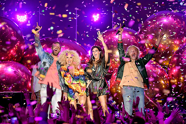 Country stars enjoy the 2018 cmt music awards party pictures for How many country music awards are there