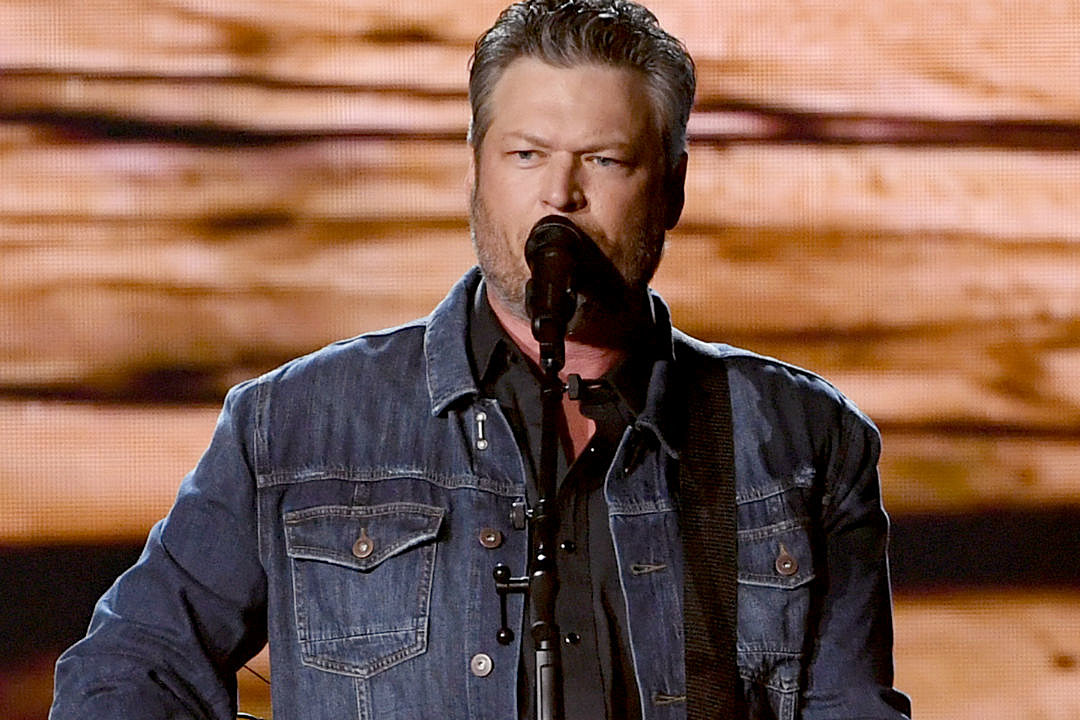 Blake Shelton Reveals Complete 'Fully Loaded: God's Country' Track List